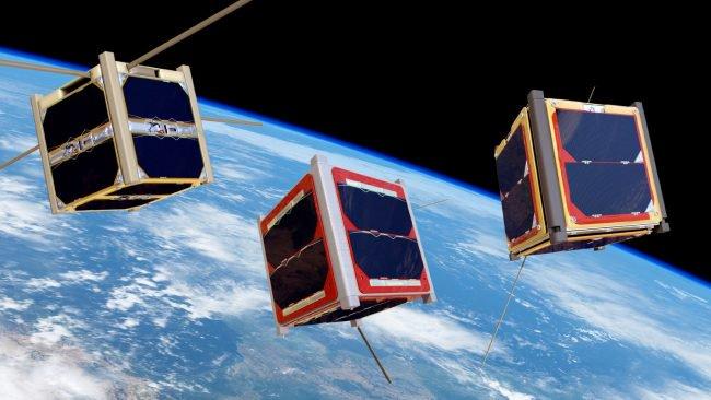 Фото - Крохотный спутник снял Землю с расстояния 1 миллиона километров