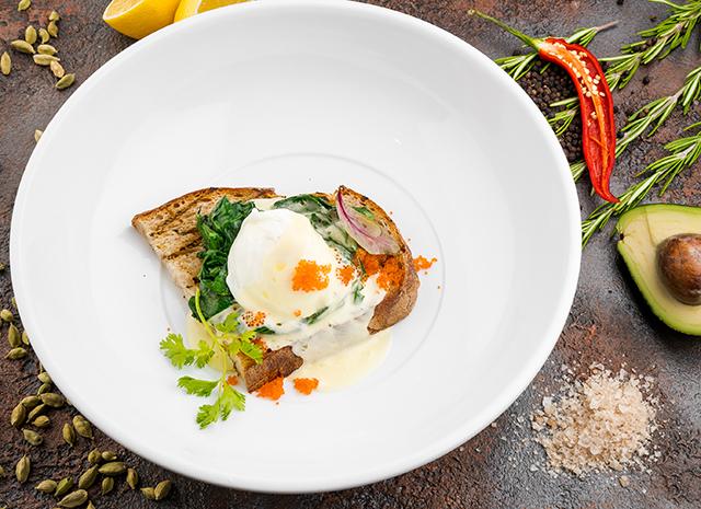 Фото - Рецепт для воскресного завтрака: яйцо-бенедикт со шпинатом