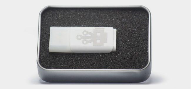 Фото - Флешка-убийца умеет сжигать любую аппаратуру по USB