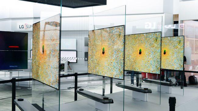 Фото - #CES | 2,57-миллиметровый телевизор LG стоит почти 20 тысяч долларов