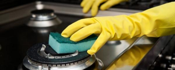 Фото - 22 способа, как очистить плиту от жира и нагара в домашних условиях