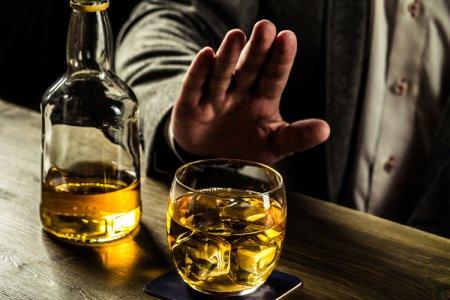 Фото - Спиртосодержащие напитки оказались ещё опаснее. Учёные выявили новые «безопасные» дозы выпивки