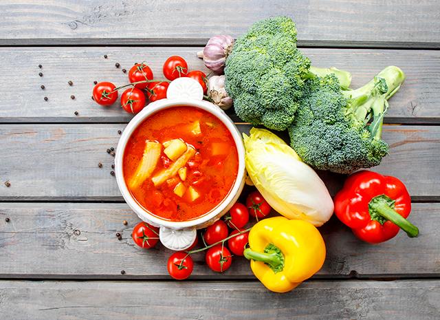 Фото - Летнее меню: 3 рецепта холодных супов от московских шеф-поваров