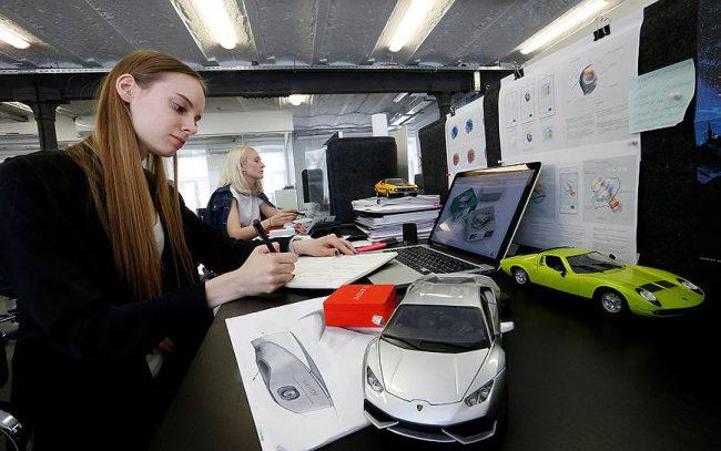 Фото - Российско-швейцарский производитель навигаторов выпустит автомобильный AR-дисплей в 2018 году