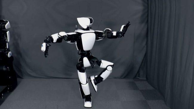 Фото - Почему гуманоидных роботов так трудно сделать полезными?