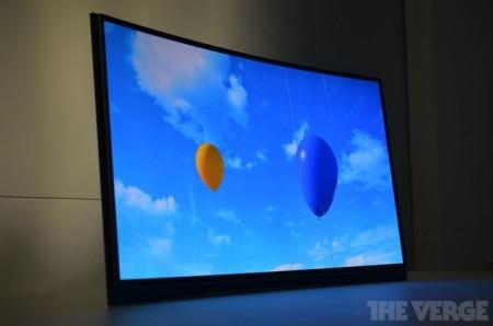 Фото - #CES | Samsung показала первый в мире телевизор с изогнутым экраном