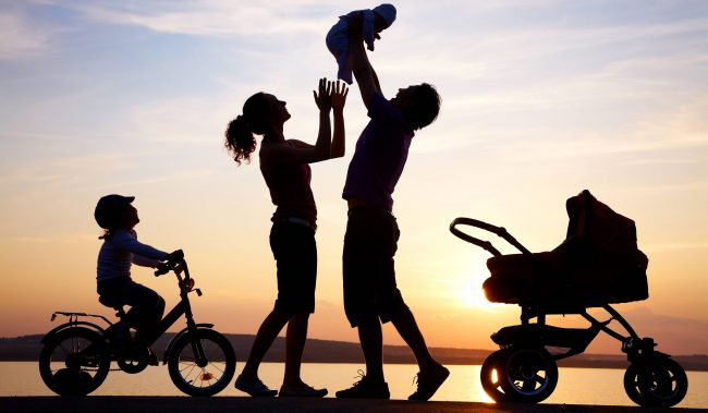 Фото - Учёные выяснили, что семейные люди более счастливы, нежели холостые
