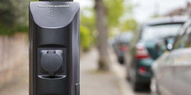 Фото - Устройство Char.gy превратит любой столб в зарядку для электромобиля
