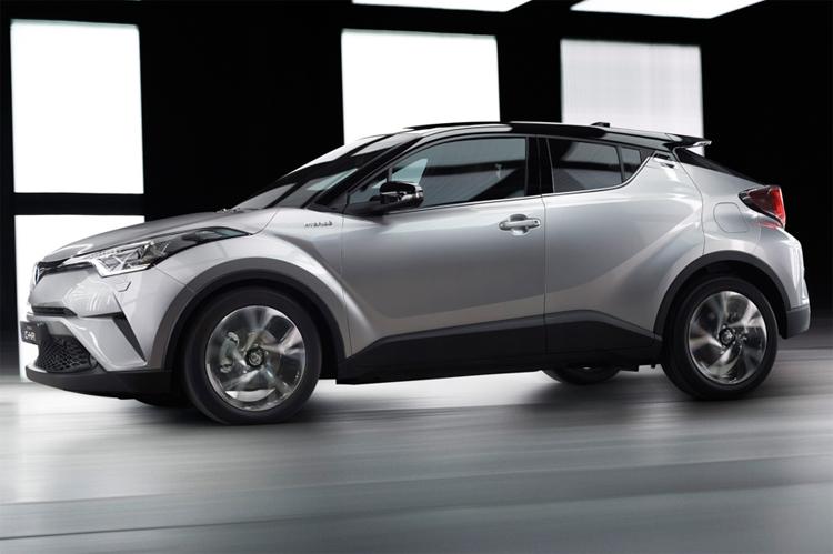 Фото - Toyota C-HR: купеобразный кроссовер с гибридным приводом»