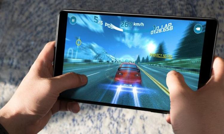Фото - Планшет Chuwi Hi9 с качественным дисплеем нацелен на игры»