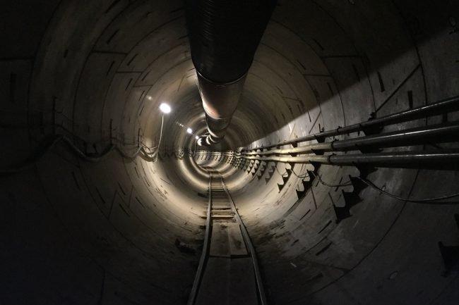Фото - Поездки через подземный туннель Илона Маска будут бесплатными