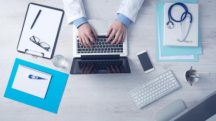 Фото - В арсенале московских врачей появятся планшеты»