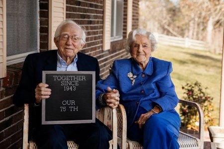 Фото - Этой женщине 92 и она выжила только ради того, чтобы увидеть свою правнучку!