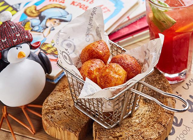 Фото - Рецепт для воскресного завтрака: творожные пончики