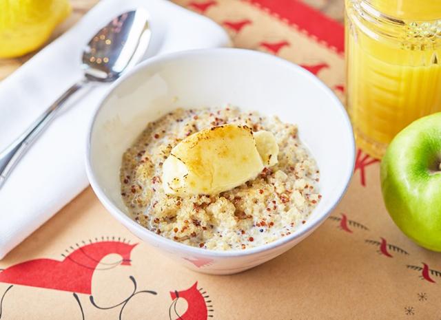 Фото - Рецепт для воскресного завтрака: каша из киноа с лимонным крем-брюле