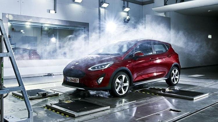 Фото - «Фабрика погоды» Ford воспроизводит любые климатические условия»