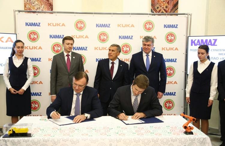 Фото - «КАМАЗ» возьмёт на вооружение роботизированные системы KUKA Robotics»