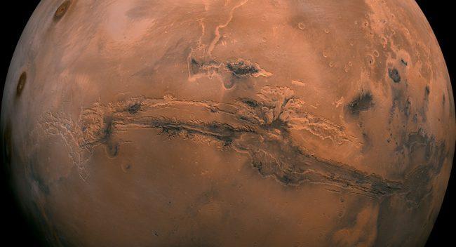 Фото - Планетологи уточнили, когда на Марсе могли появиться океаны