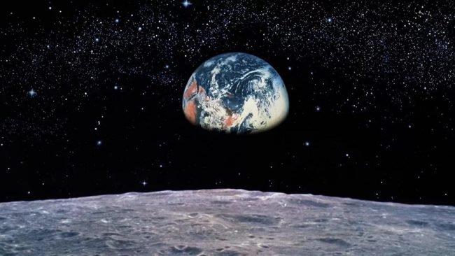 Фото - Экипаж наземного «космического корабля» SIRIUS «долетел» до лунной орбиты