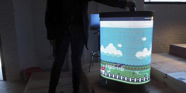 Фото - «Умная» урна превращает утилизацию мусора в игру