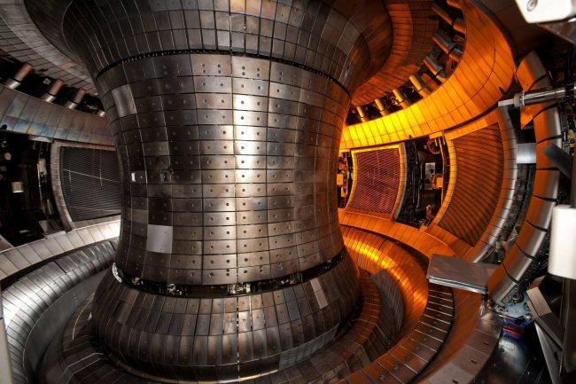 Фото - В России создают гибридный термоядерный реактор