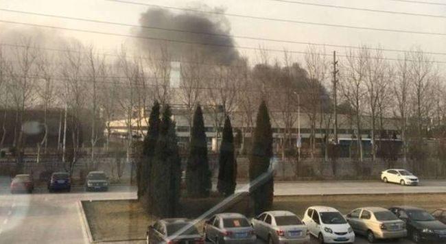 Фото - В Китае загорелась фабрика, перерабатывающая аккумуляторы Galaxy Note 7