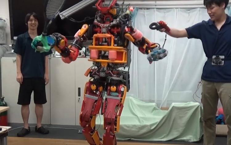 Фото - Исследователи научились управлять роботом как куклой с помощью контроллеров HTC Vive»