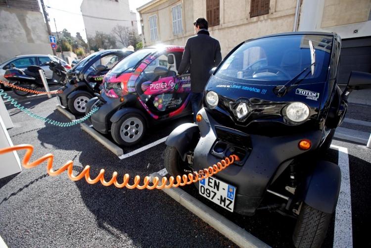 Фото - Число электромобилей на дорогах превысило 3 млн»