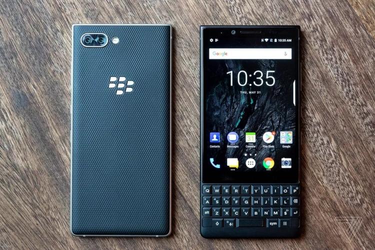 Фото - Дебют смартфона BlackBerry KEY2: хорошо знакомый QWERTY-середнячок по цене флагмана»