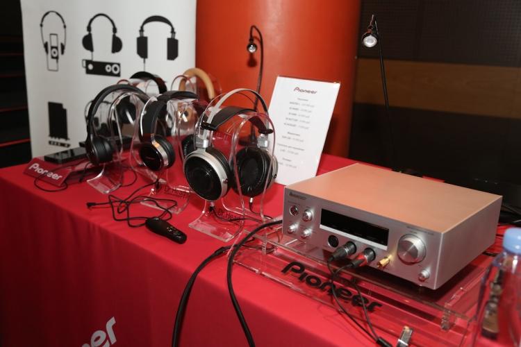 Фото - Pioneer провела презентацию новых наушников и устройств Home audio»