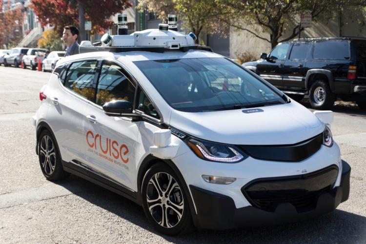 Фото - Подразделение General Motors получит $2,25 млрд инвестиций отSoftBank  на развёртывание робомобилей»