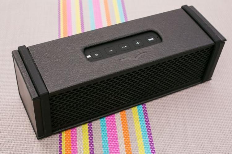 Фото - Bluetooth-колонка V-MODA REMIX получила встроенный усилитель для наушников»