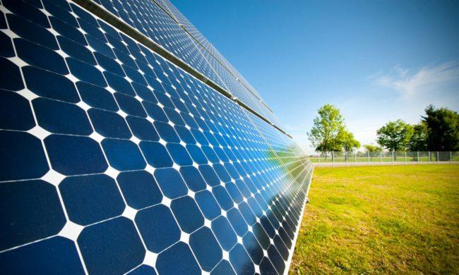 Фото - Созданы сверхтонкие солнечные батареи, которые можно крепить на одежду