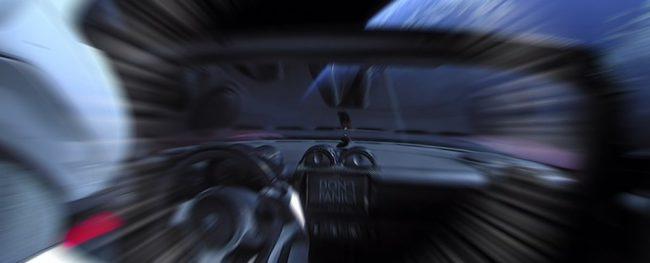 Фото - Отправленный в космос спорткар Илона Маска может упасть на Землю